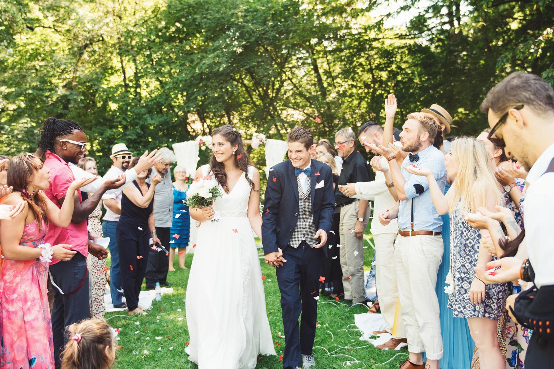 Reisschmetterlinge bei einer freien Trauung von Die Hochzeiterin
