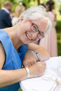Die freie Traurednerin Michaela aus München bei einer freien Trauung